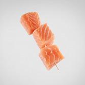 Brocheta de salmón noruego